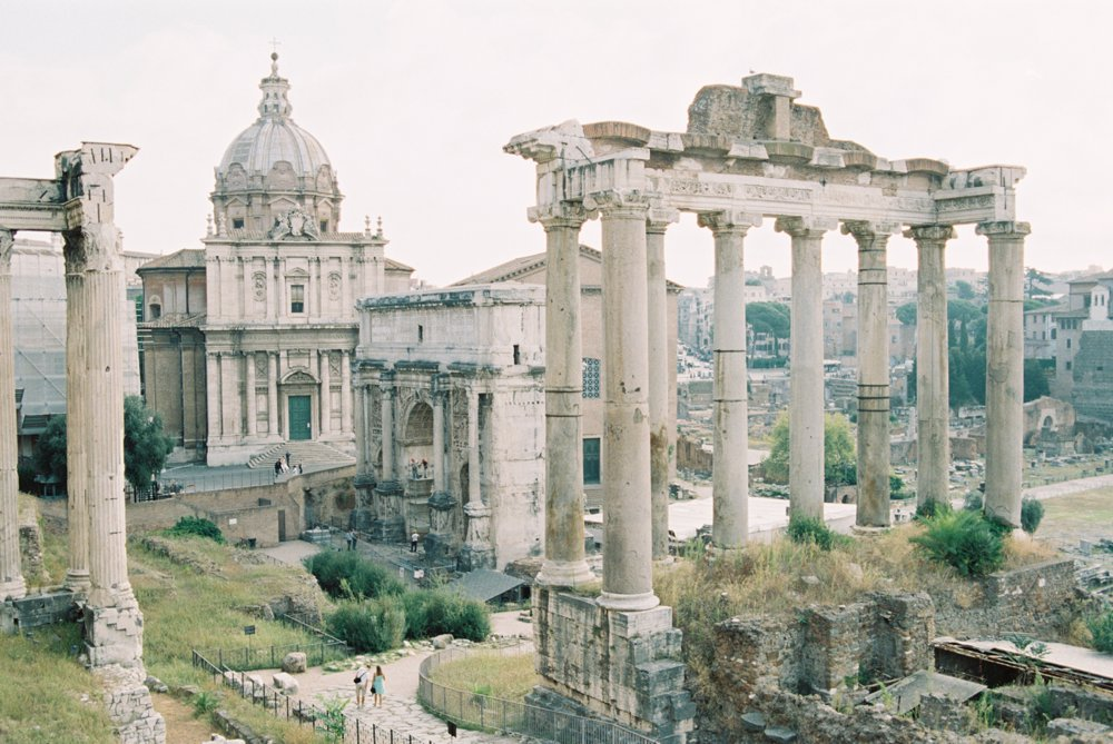 ancient-ruins-in-Rome