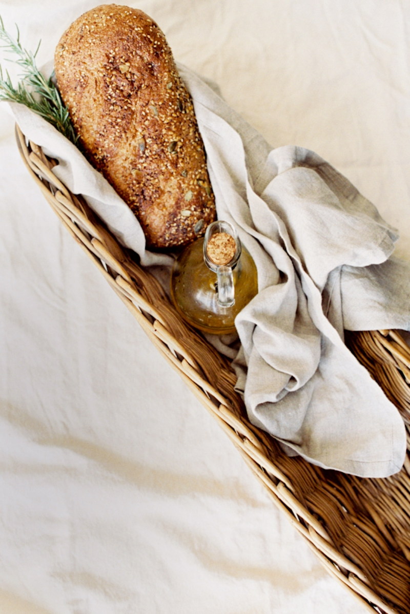 bread-with-oil-and-rosemary-in-a-basket