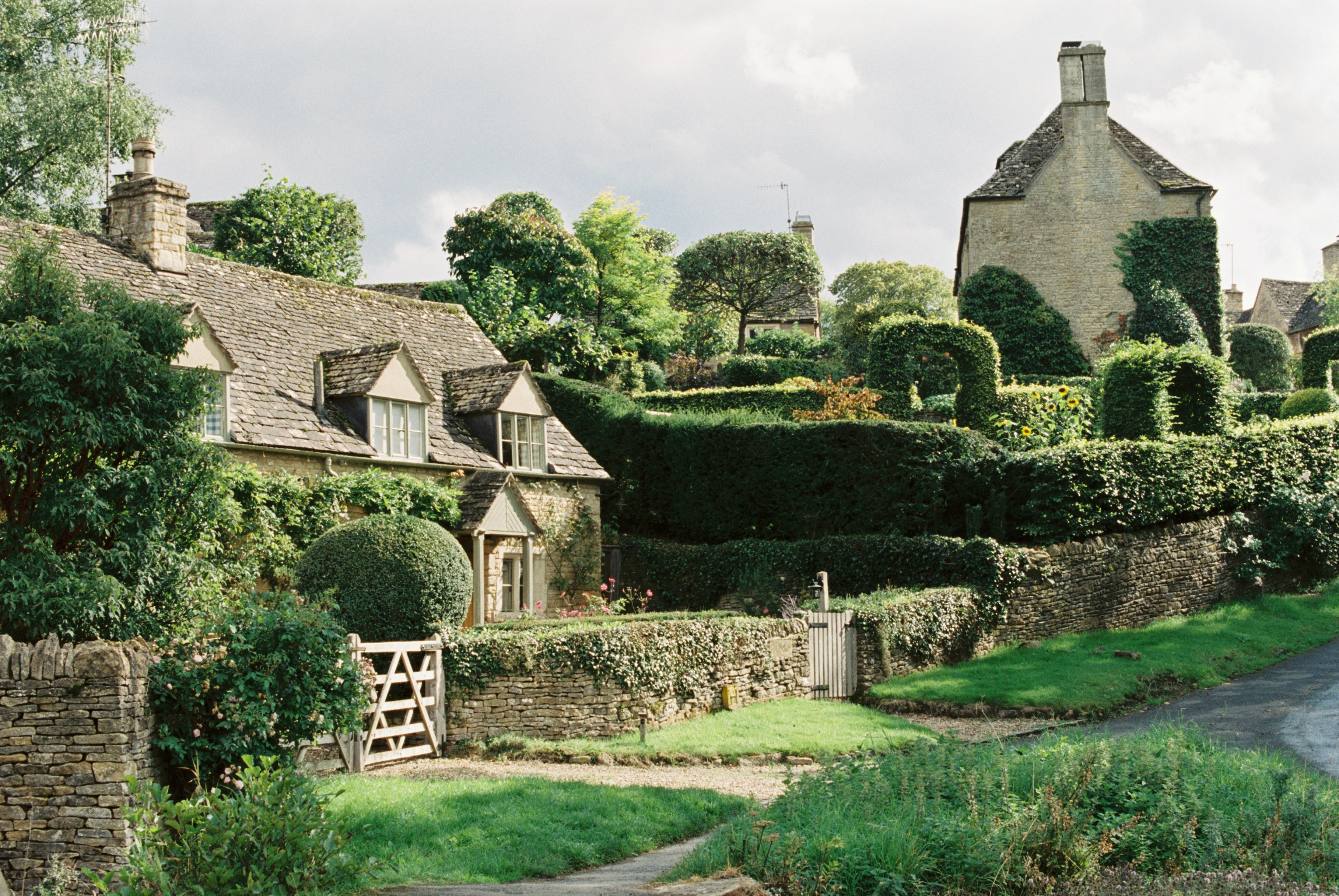 Cotswold-village-upper-slaughter