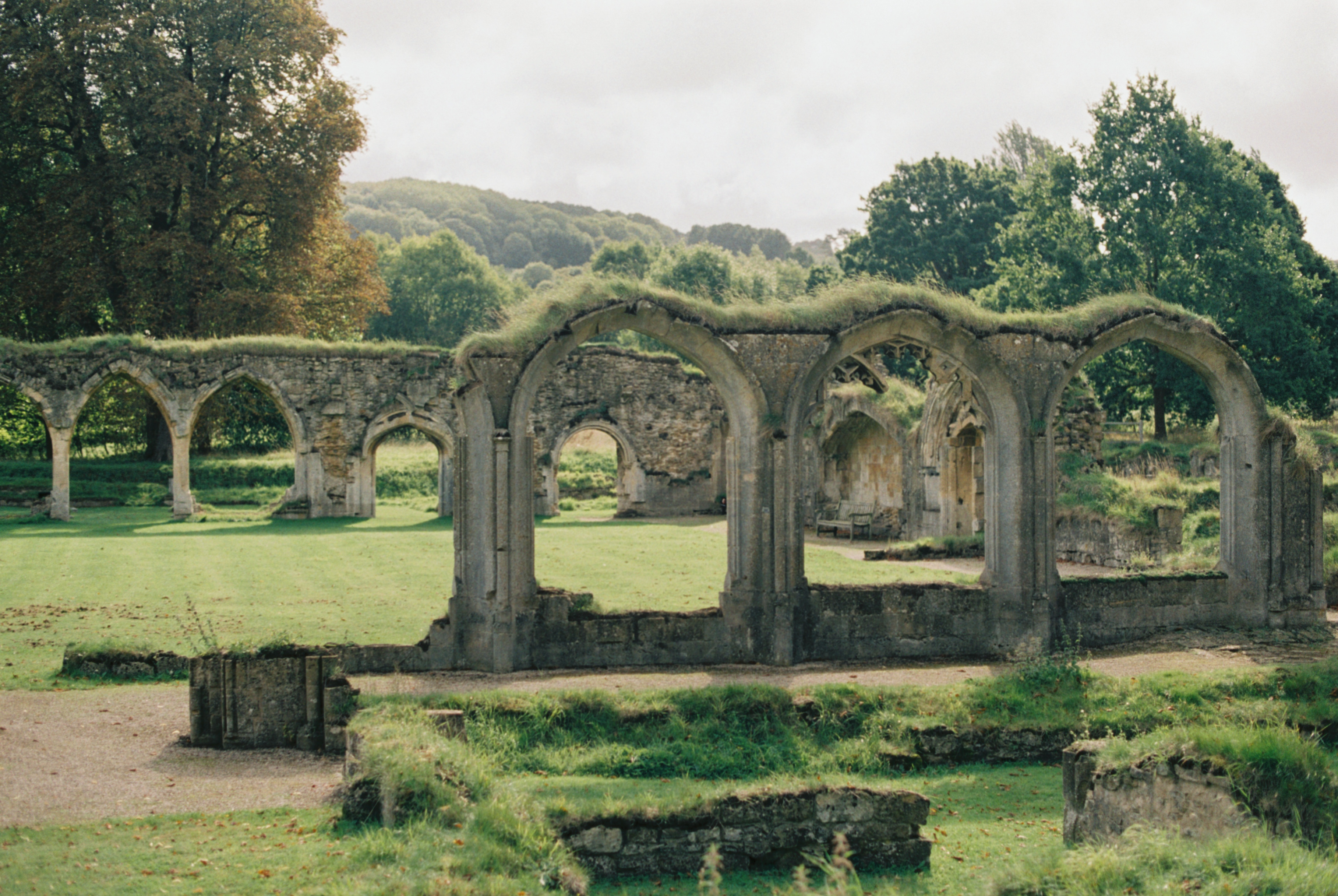 hailes-abbey-ruins-cotswolds